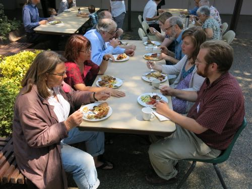 PAAD 2015, Dinner on the grounds